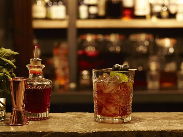 vault of soho, best whisky bars in london