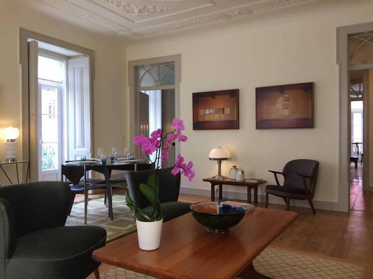 Elegant mid-century flat, Chiado