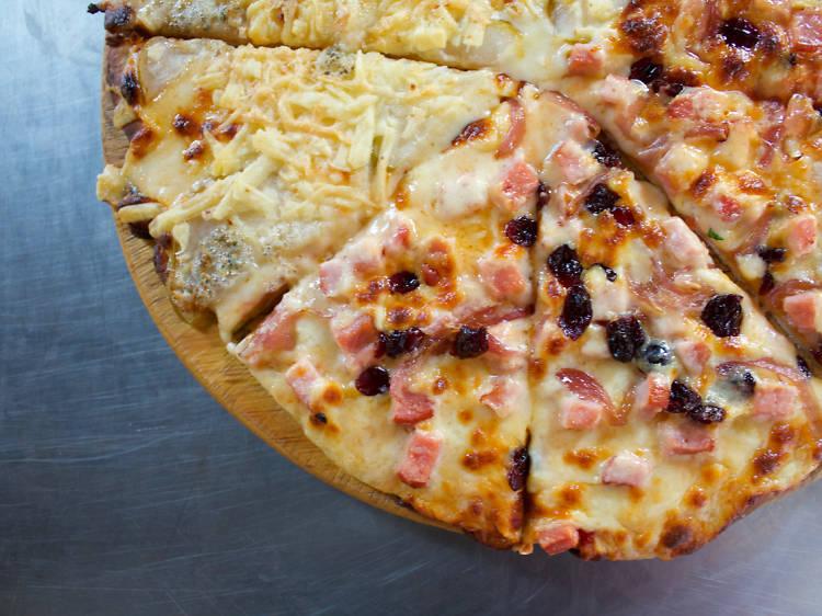 La mitad cinco quesos mitad trotamundos