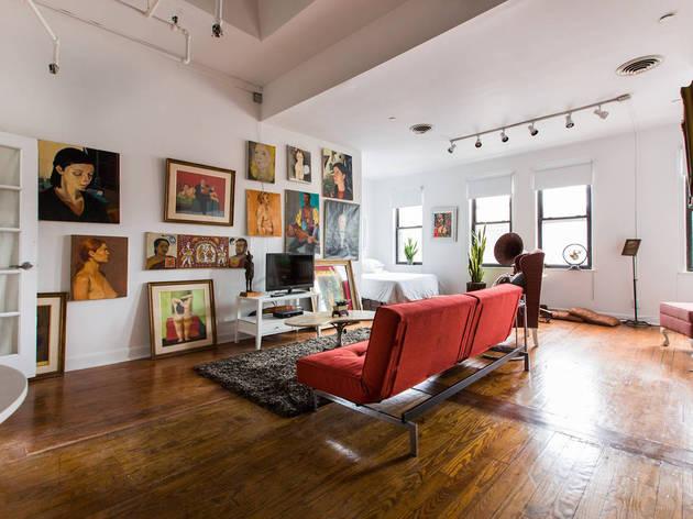 Private Artist Loft Suite in LIC