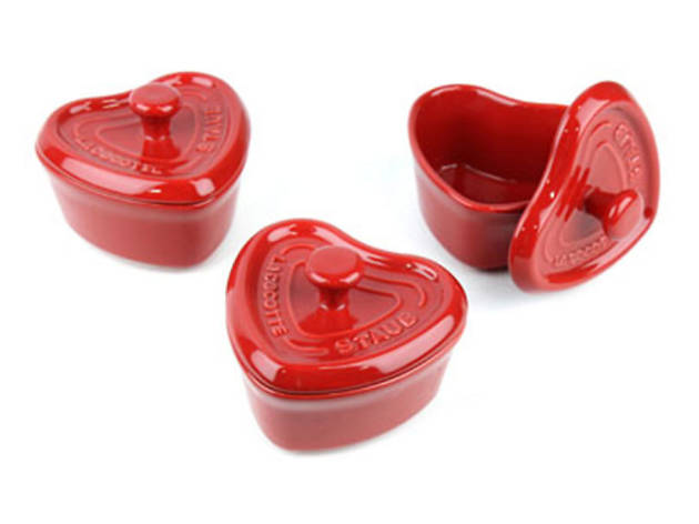 Staub Ceramic three-piece mini heart cocotte set