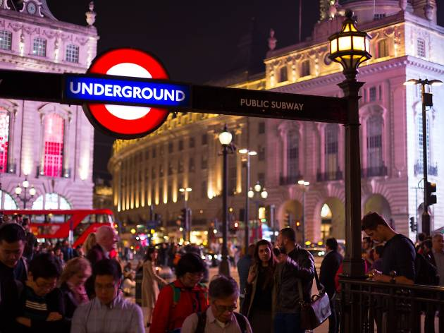 London Underground, Night, Night Tube, Piccadilly Circus, Roundel, Underground, entrance, subway, tube