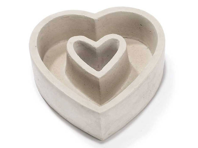 Heart-shaped planter from Dicksons