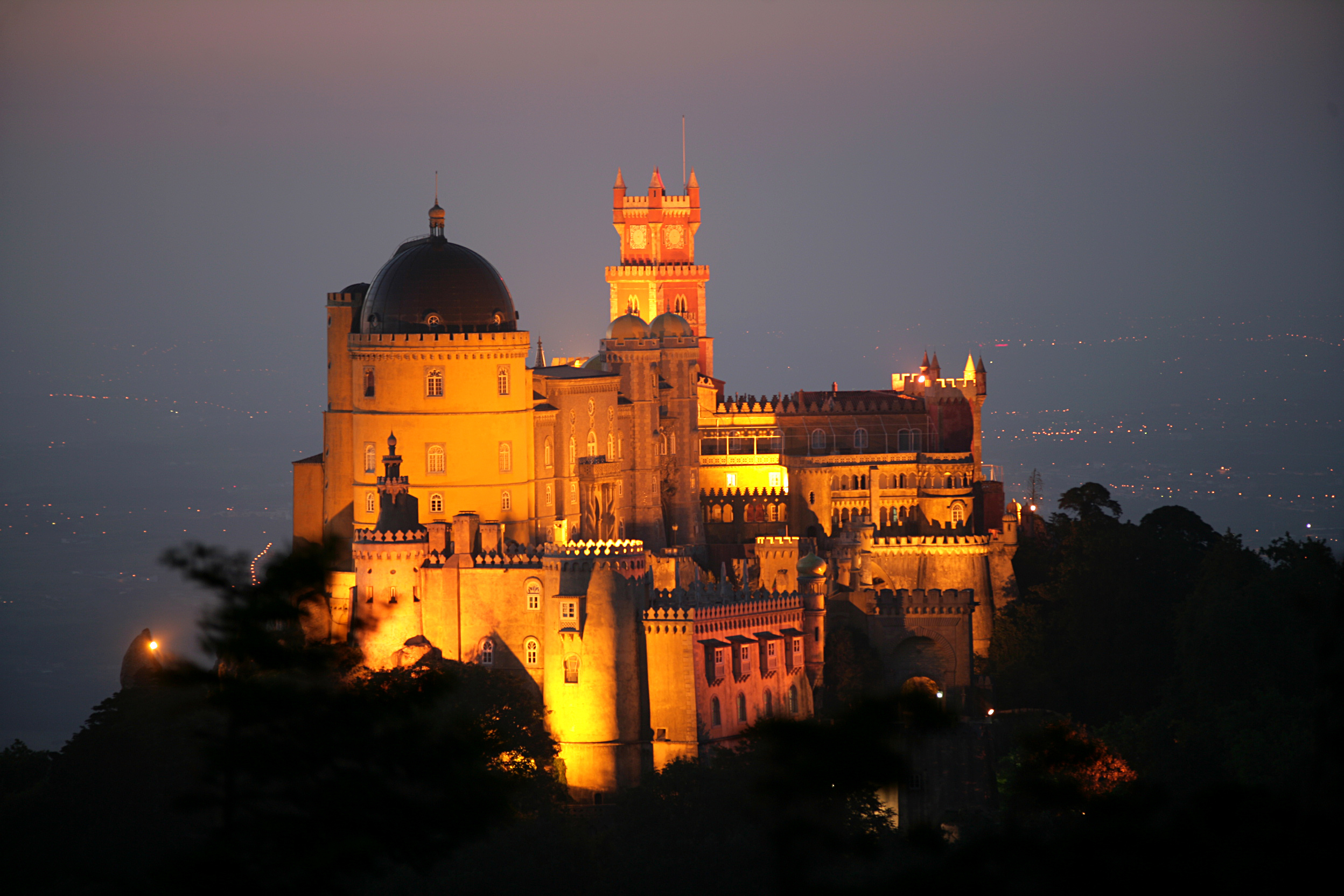 Sintra: puzzling and romantic car tour