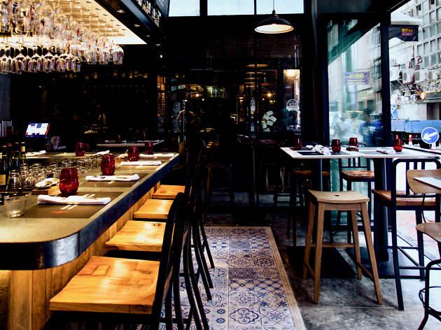 Scarlett Cafe and Wine Bar