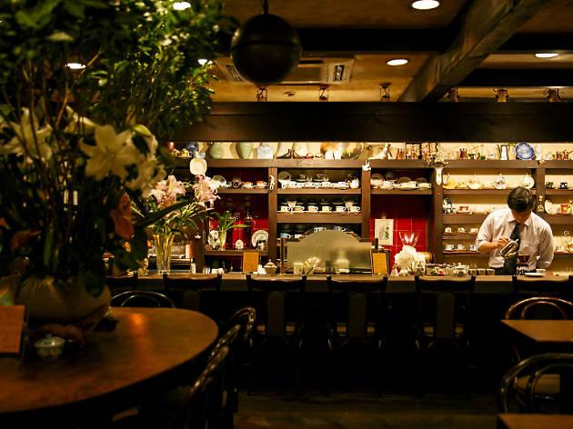 Kissaten coffee shops Tokyo