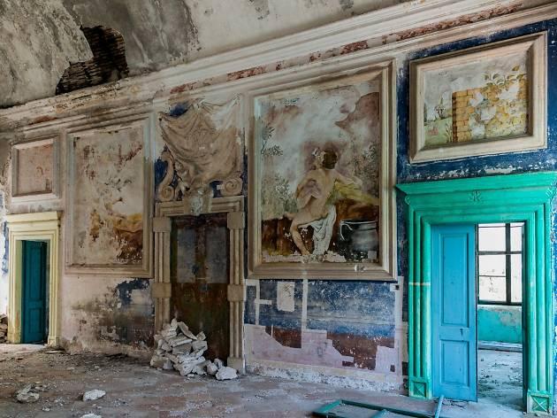 19 beautiful abandoned buildings in Croatia