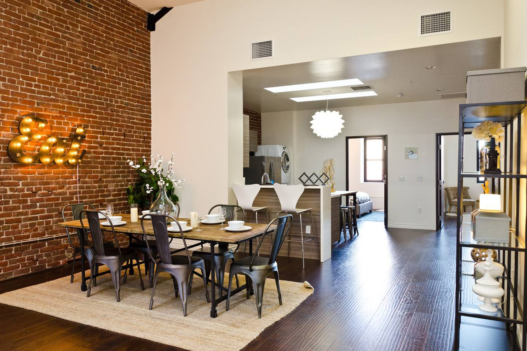 Historic Remodeled Two-Bedroom Penthouse in Downtown