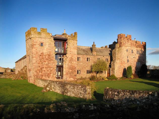 Cinco castelos onde pode dormir em Inglaterra