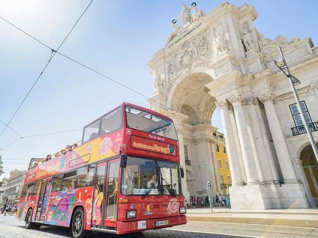 Lisbon city sightseeing bus tour