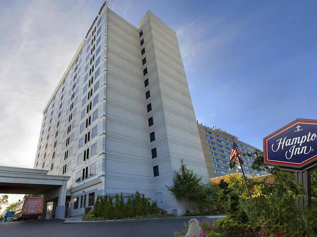 Hampton Inn NY-JFK Jamaica-Queens