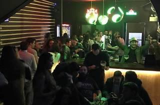O Porto Sports Bar tem seis televisões