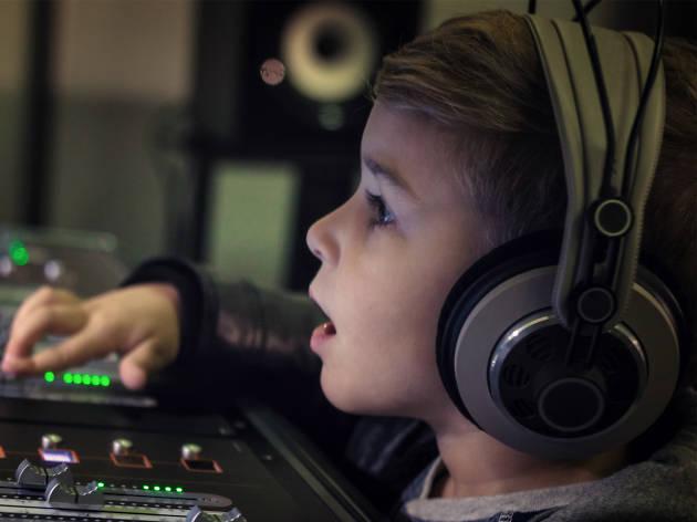 Taller de radio para niños