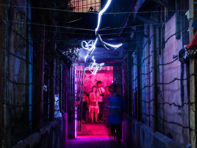 Stroll around Talad Noi to see light installations in Bangkok Design Week 2018