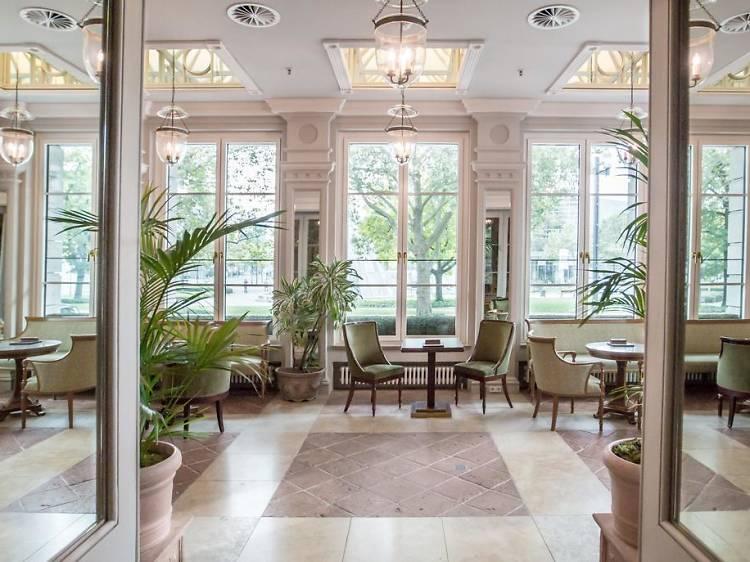 10 top-notch hotels in Frankfurt