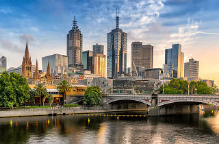 Melbourne skyline and river