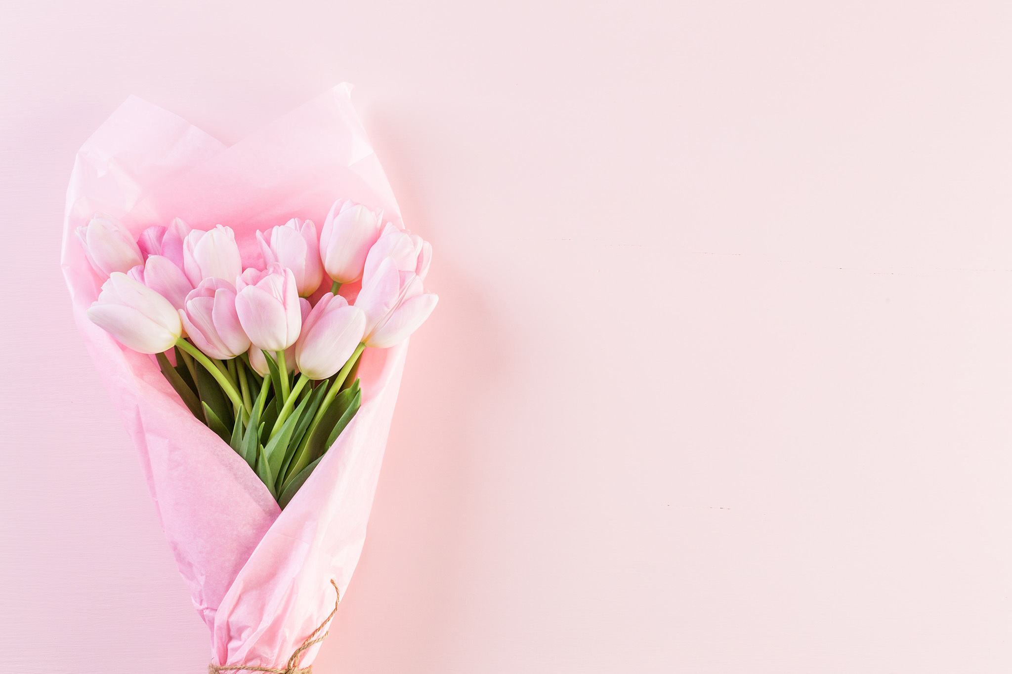 8 Cheap Flower Delivery Services For Broke Gifters
