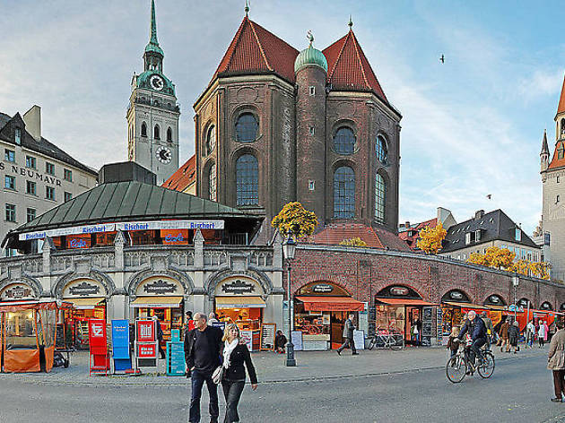 Peruse the outdoor markets