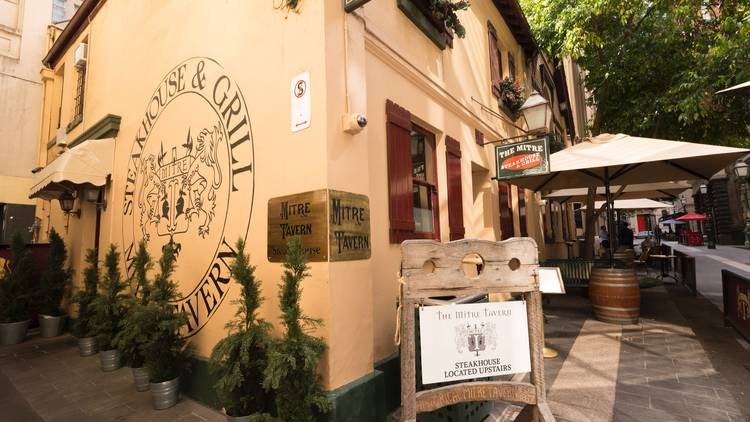 Grab a historic drink at some of Melbourne's oldest pubs
