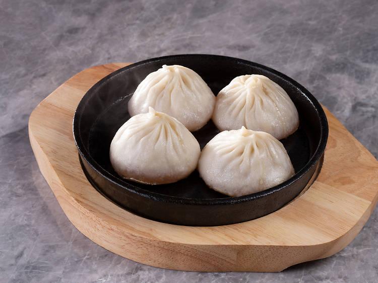 10 Shanghai: Pan-fried xiao long bao