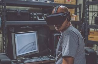 The Vivid World of Virtual Reality