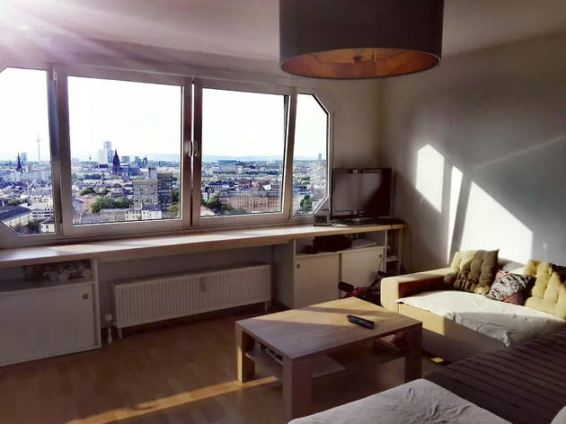Best Airbnbs pool
