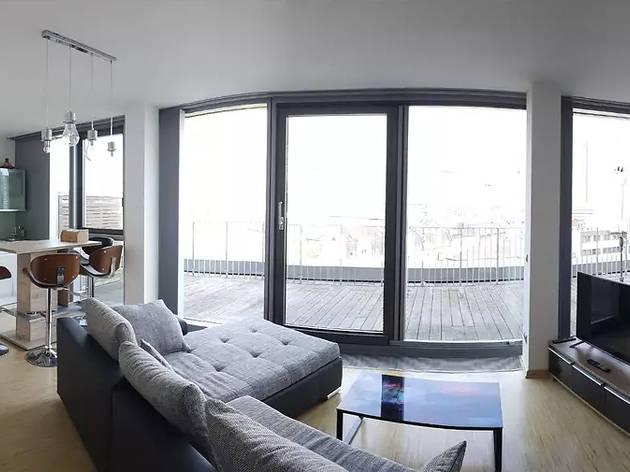 Best Airbnbs skyline