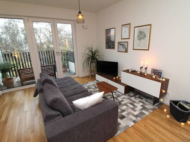 Best Airbnbs studio