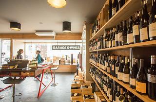 A garrafeira Garage Wines fica em Matosinhos