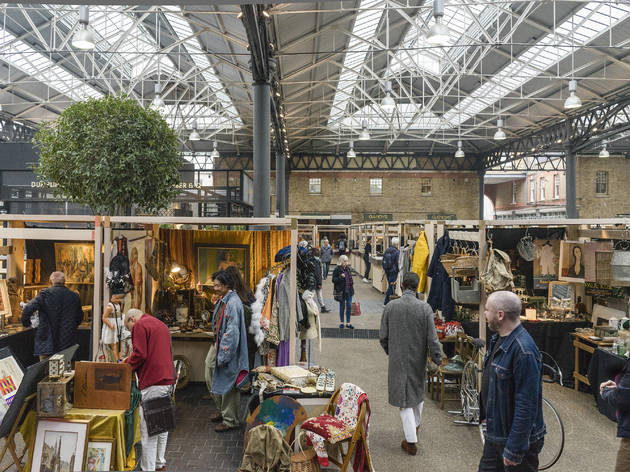 Old Spitalfields Antiques Market