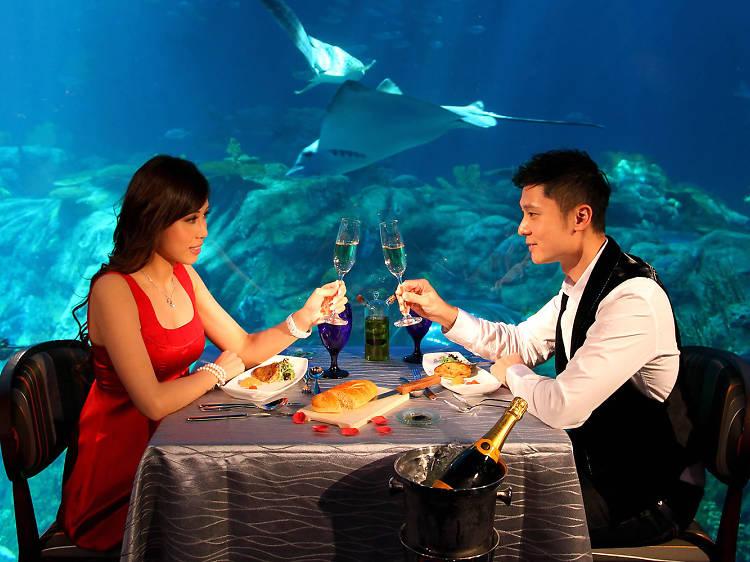 Neptune's Restaurant Ocean Park Hong Kong