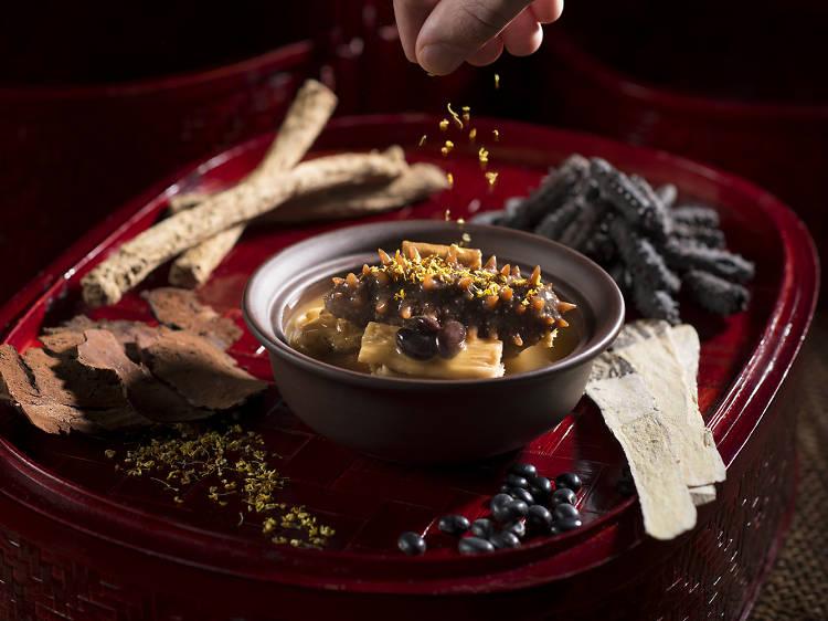 香港君悅酒店咖啡廳︰暖身滋補菜式