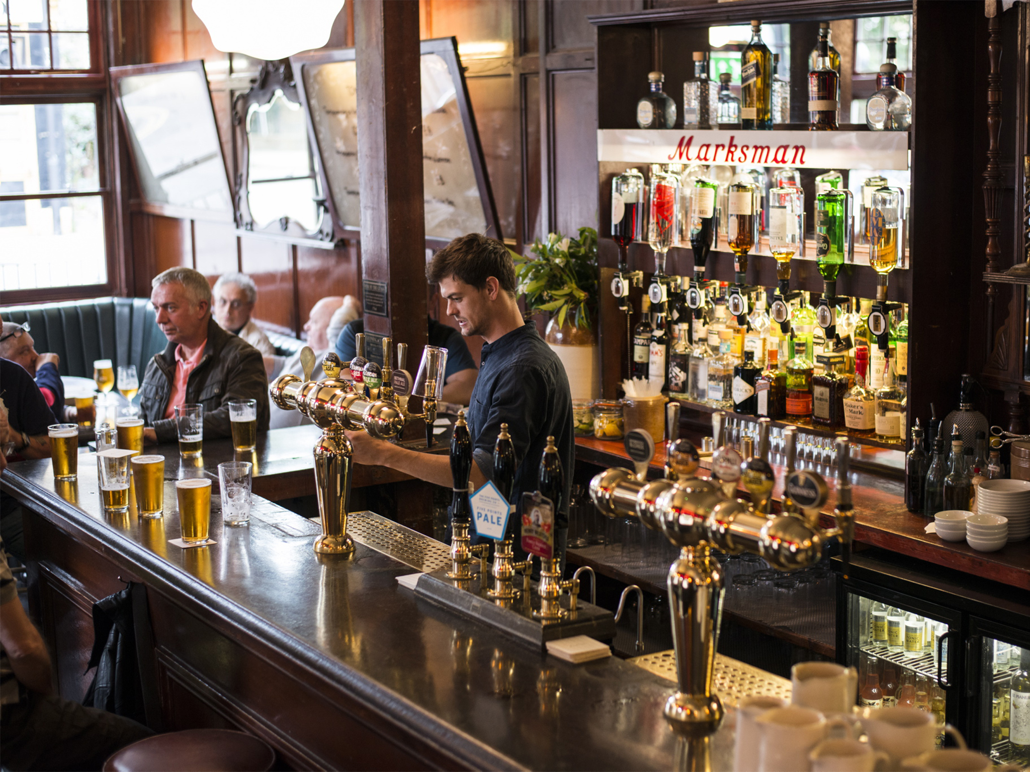 best pubs in london, the marksman