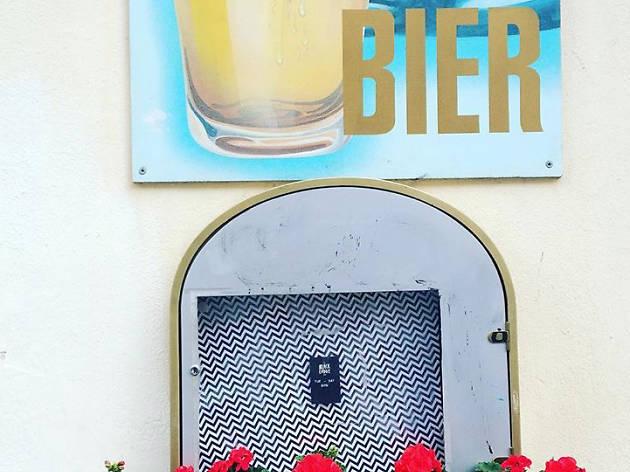 Back Lodge bar Berlin