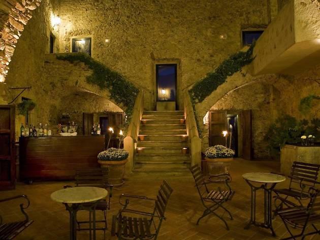 Hotel El Far