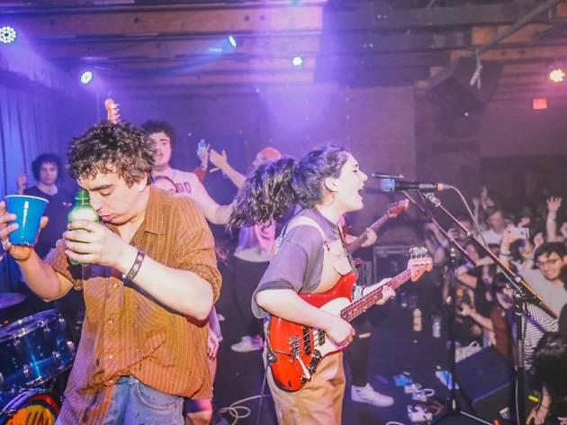 Darlo todo en el concierto de Hinds