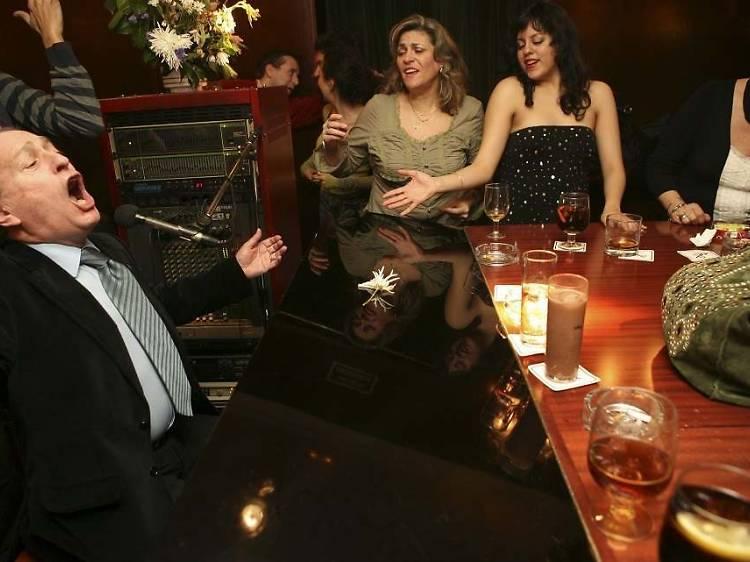 Toni2 Piano Bar