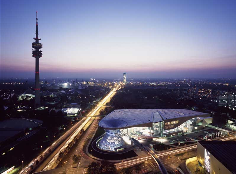 Munich architecture tours by e-Architect