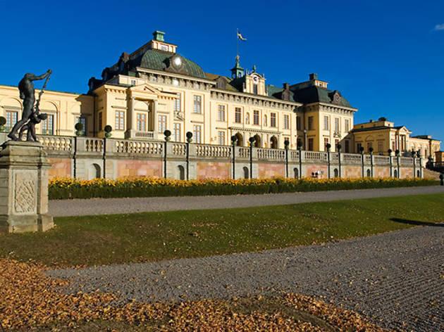 Drottningholm Palace tours