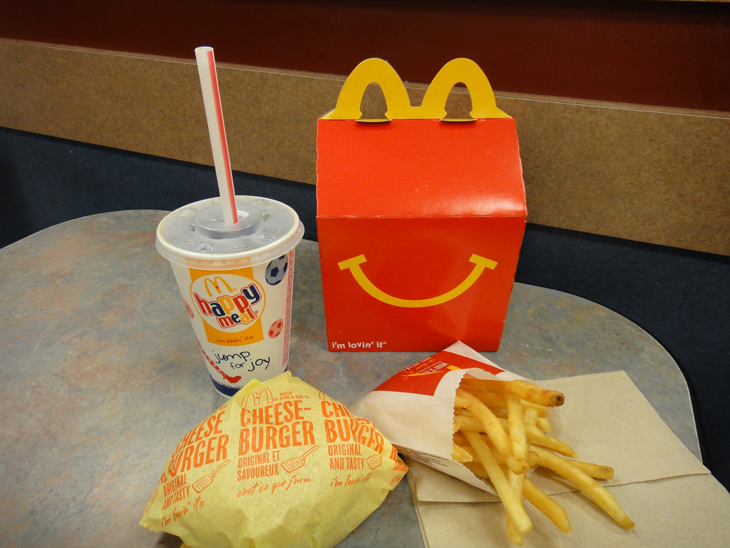 Holy Cow! McDonald's Happy Meals will no longer offer cheeseburgers