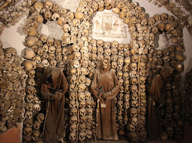 Crypts and Catacombs tours: Visit secret Rome