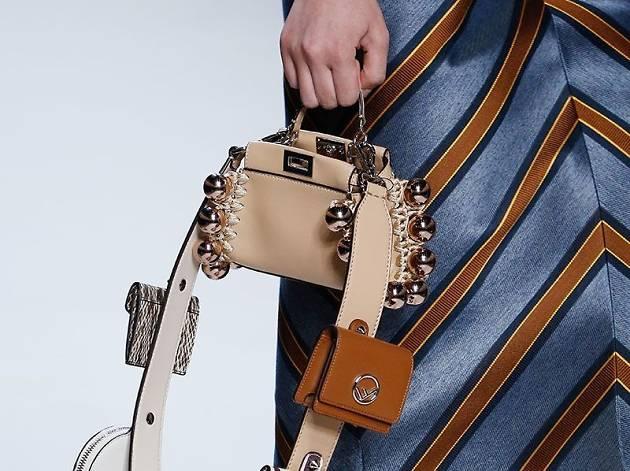 袋上袋︰Fendi