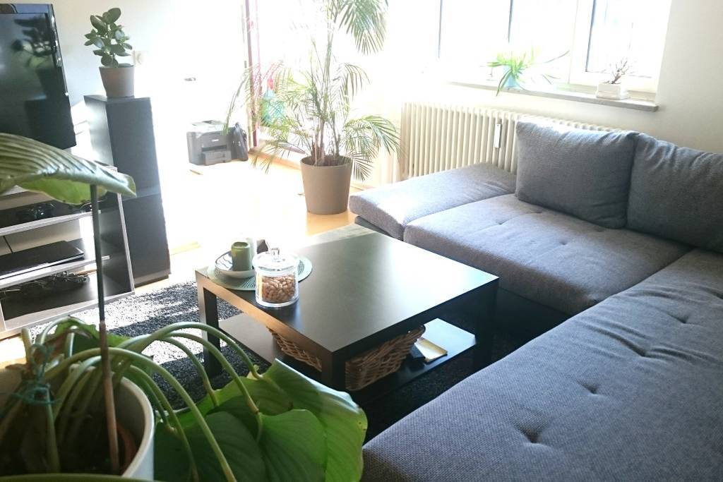 Inviting apartment near the train station