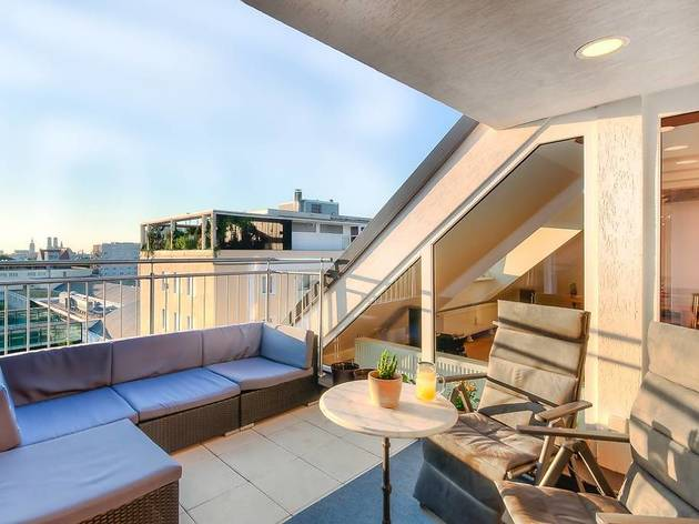 Two-bed penthouse in Haidhausen