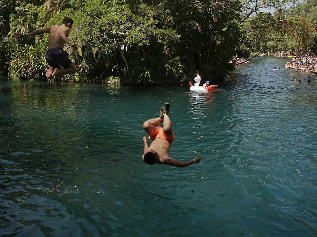 Actividades en el río del Carnaval de Bahidorá