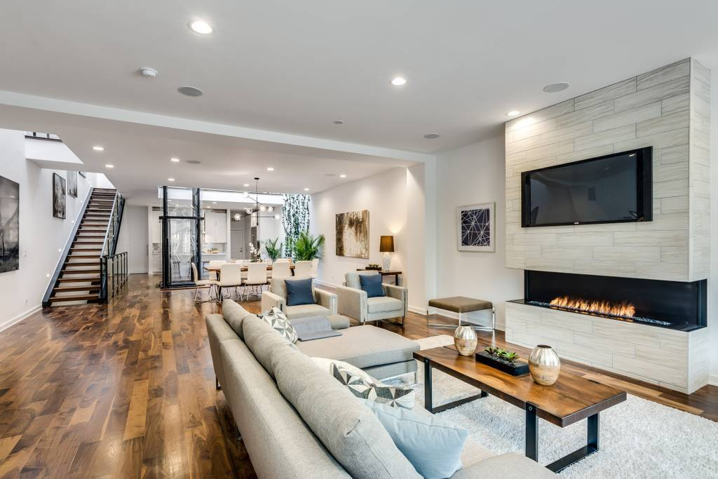 Insanely lavish Airbnb homes you can only rent in Chicago