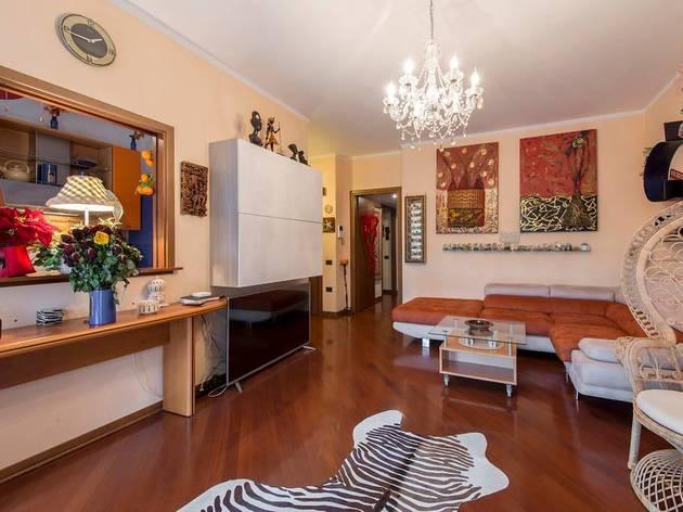 Quirky apartment near Teatro degli Arcimboldi