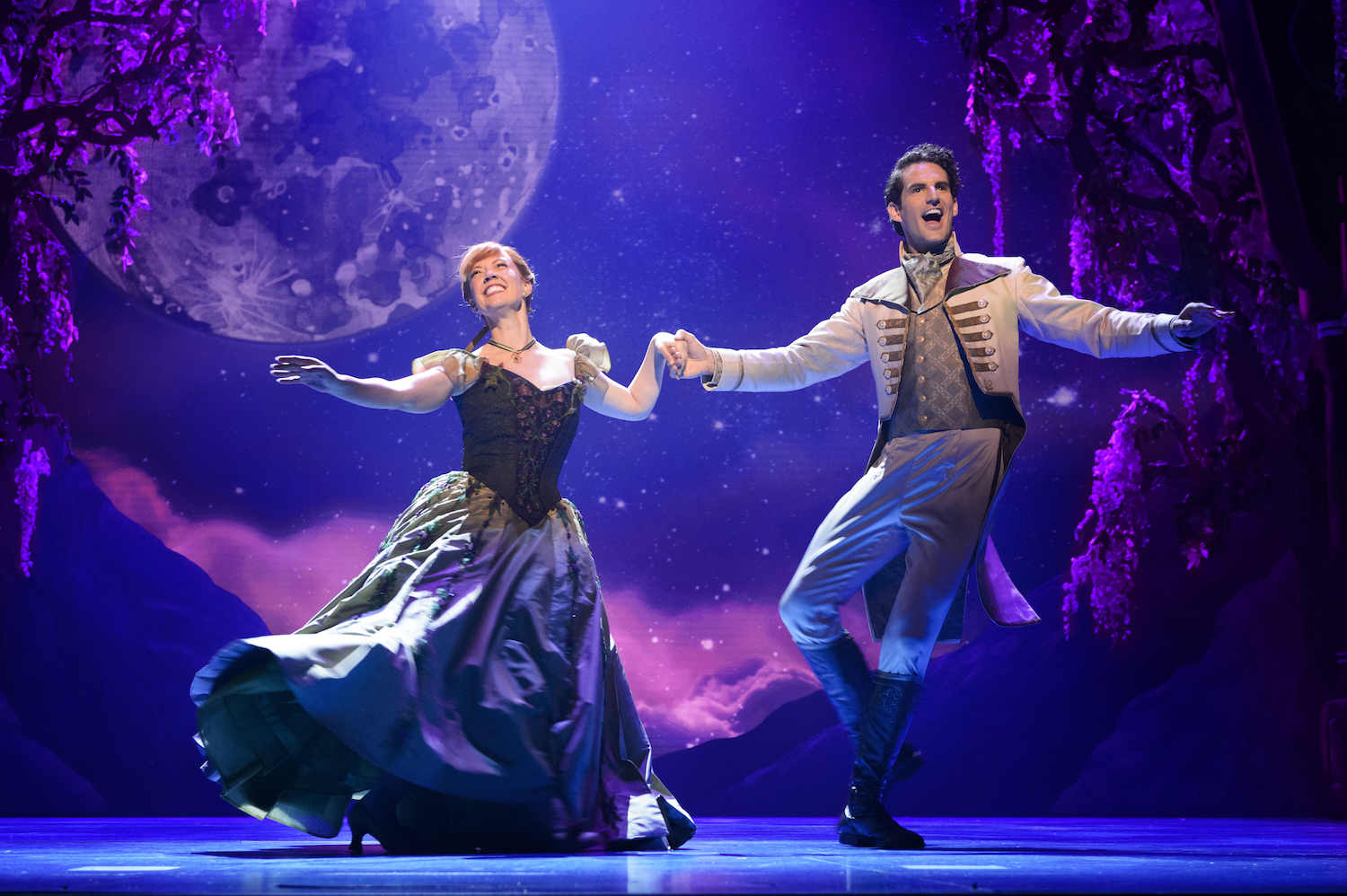 Here's everything you should know about getting tickets to Frozen on Broadway