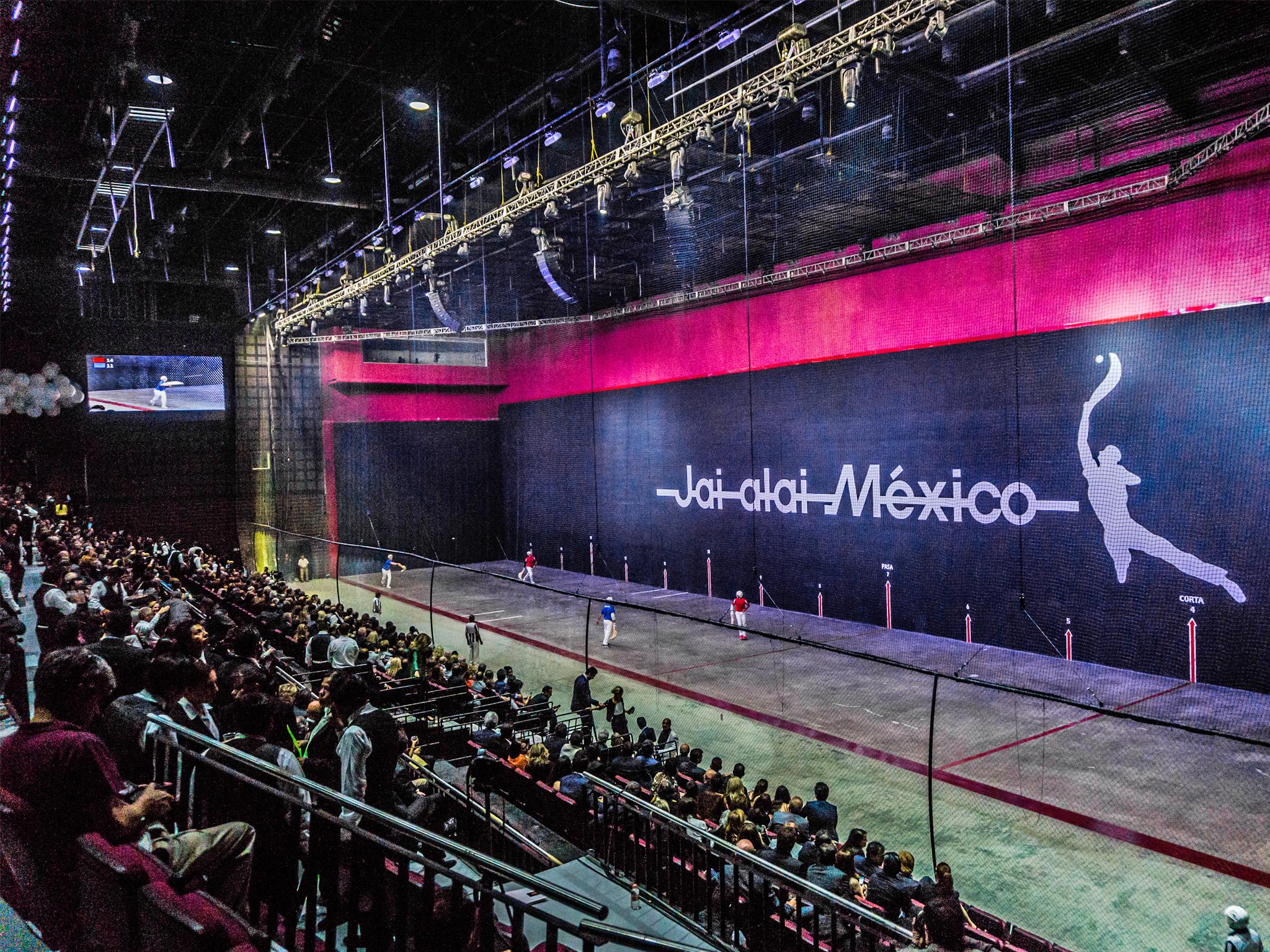 Torneo de jai alai en el Frontón México