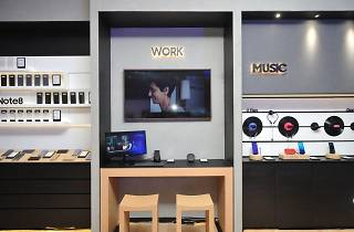 Samsung Experience Store | Shopping in Siam, Bangkok